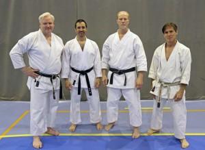 4 karateutøvere